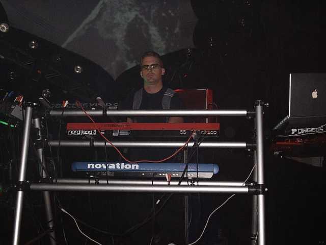 Live trance, anyone?!?!